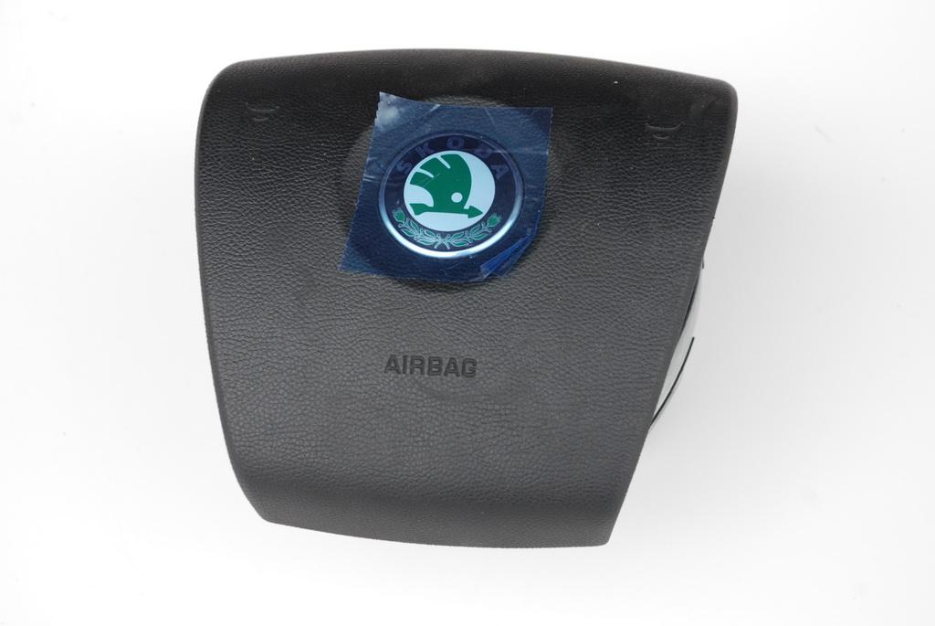 Airbag řidič OCTAVIA II 1Z0880201AM