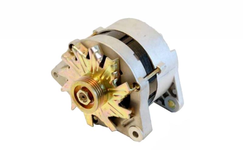 Alternátor s řemenicí a ventilátorem FELICIA 1.3,70A 047903015J