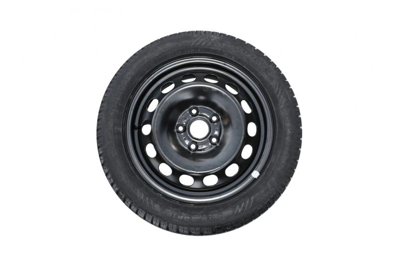 Sada ocelových kol 4x112 ET47 s pneu Dunlop 205/55 R16 9/H