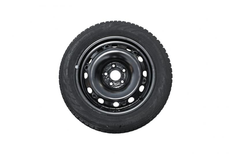 Sada ocelových kol 4x112 ET47 s pneu Nokian 185/60 R15