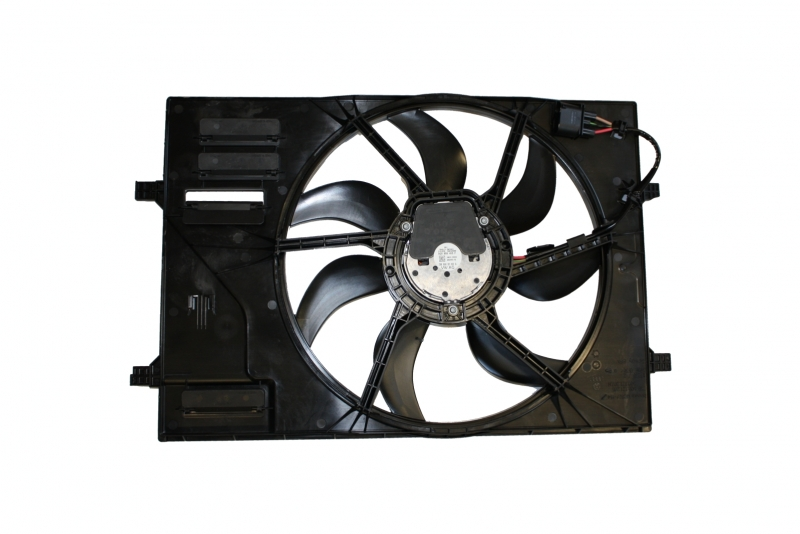 Ventilátor + věnec ventilátoru Octavia III 5Q0959455F 5Q0121205